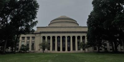 MIT Unıversity Great Dome
